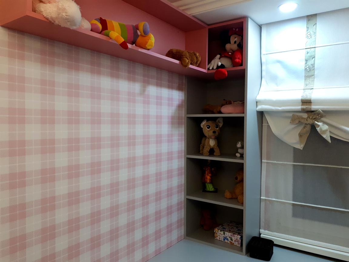 Tapet nonalergic pe pereţii din camera copilului